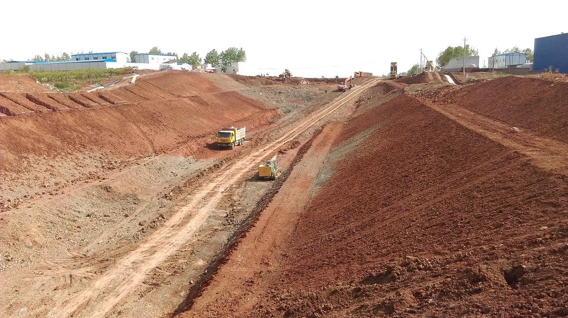 挖方路基路堑开挖